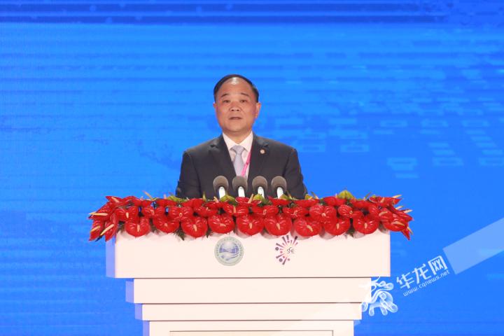 吉利控股集團董事長李書福:重慶是一片極具發展潛力的沃土