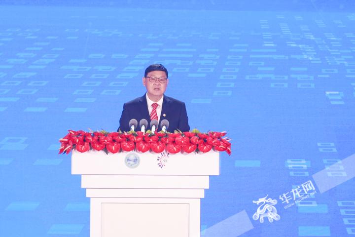 中國工程院院長李曉紅致辭